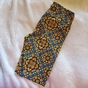 LuLaRoe  Teal Floral leggings NWOT